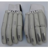 BAS VAMPIRE PRO PLAYERS EDITION L.E BATTING GLOVES MENS  (LEFT HAND) NOW ONLY £39.99