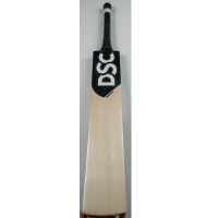 DSC COLIN MUNRO BLAK FANG CRICKET BAT 1